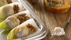 Palline al formaggio con miele di erba medica e noci - Apicoltura Gardin